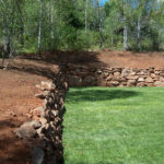 100_2051-mountain-land-sprinklers-backyard-landscaping-retainment-wall-800